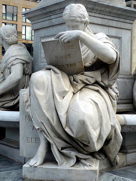 File:Schillerdenkmal Berlin, Begas, Allegorie Geschichte.jpg