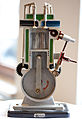Schnittmodell Viertaktmotor PD 2013 3.jpg