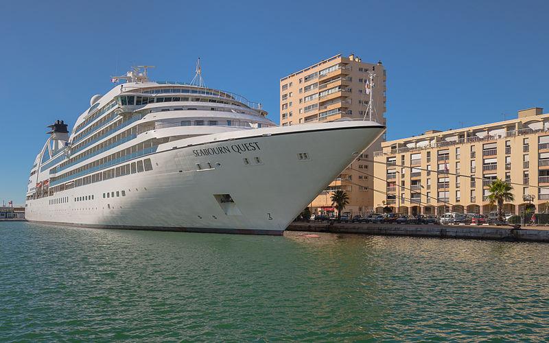 File:Seabourn Quest (ship), Sète, Hérault 01.jpg