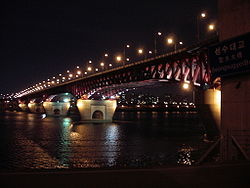 Seongsu bridge night.JPG