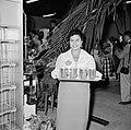 Serveerster in de Surinaamse Brouwerij N.V. bij de opening, Bestanddeelnr 252-4312.jpg