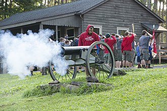 Minsi Trails Council - Image: Settlers Camp Cannon Blast
