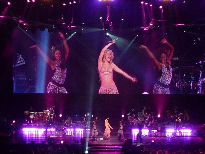 Archivo:Shakira-12.JPG