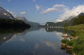 Озеро Зильсерзе, вид в направлении Малои