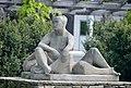 Sitzende und Liegender 03 by Hilde Uray.jpg