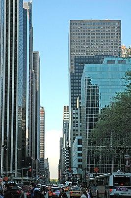 Sixth Avenue guardando a nord.jpg