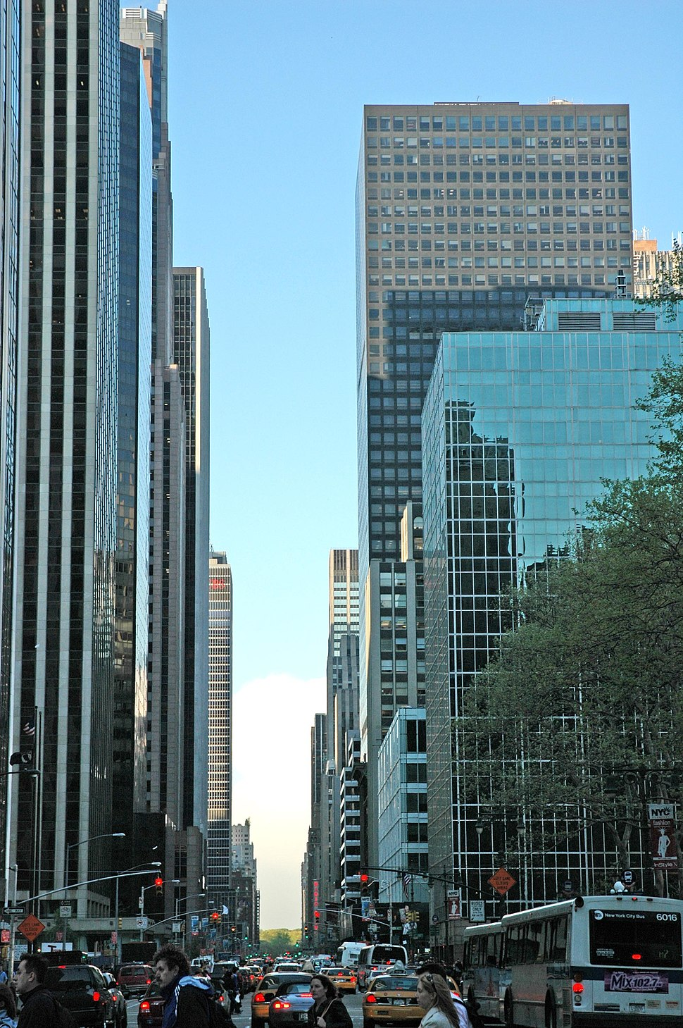 Sixth Avenue looking north