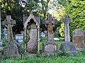 St Paul, The Ridgeway, Mill Hill - Churchyard - geograph.org.uk - 1699950.jpg