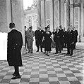 Staatsbezoek van koningin Juliana aan Frankrijg. Bezoek Versailles, Bestanddeelnr 903-9818.jpg