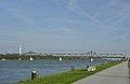 Stadlauer Donaubrücke der Ostbahn (11306) DSC00390.jpg