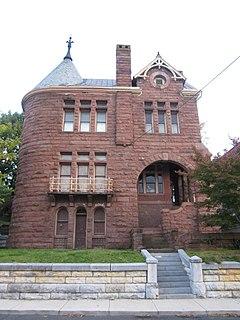 Arista Hoge House