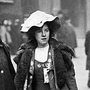 Suffragette Mabel Capper Bow Street arrest 1912 (cropped).jpg