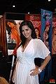 Sunny Leone at Exxxotica Miami 2010 (4).jpg