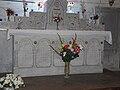 Teyjat église autel.JPG