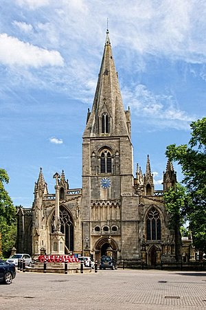 St Denys' Church, Sleaford - The church's west façade, facing the market place