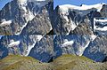 The details of the preceeding picture. It happens with an enormous sound within 10 seconds - panoramio.jpg