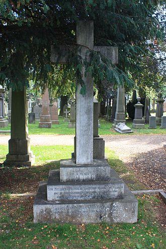 Sir Mitchell Mitchell-Thomson, 1st Baronet - The grave of Mitchell Mitchell-Thomson, Dean Cemetery
