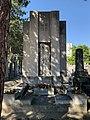 Tombe Barral au cimetière ancien de Villeurbanne (1).jpg