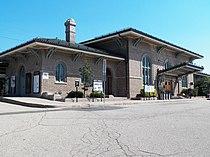 Train Station, Morristown, New Jersey (8537564191).jpg