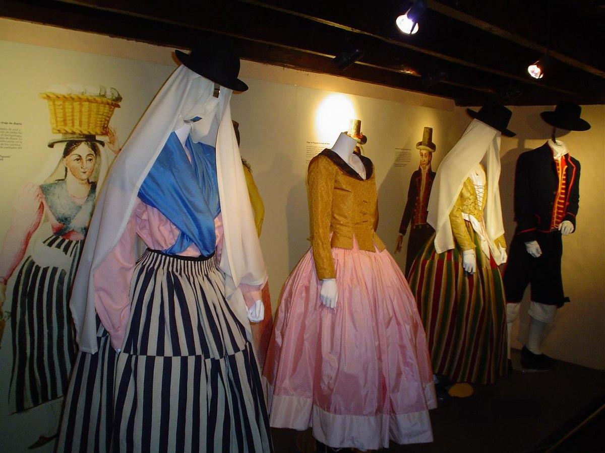Vestido de fiesta wikipedia