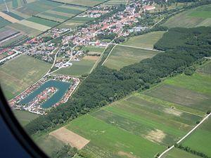 Trautmannsdorf an der Leitha - Image: Trautmannsdorf an der Leitha