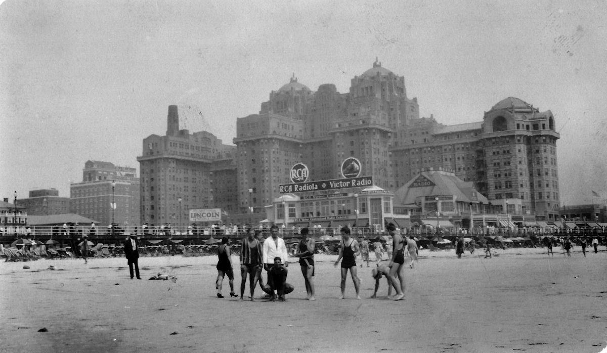 Atlantic City Hotels >> Traymore Hotel Wikipedia