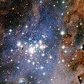 Trumpler 14 by Hubble.jpg