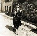 Turkse vrouw voor het eerst ongesluierd - No veils anymore for Turkish women (6795323020).jpg