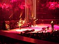 U2-Anaheim 2005 2.jpg
