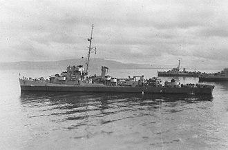 USS Bull (DE-693) - Image: USS Bull (DE 693) at anchor, circa in early 1944