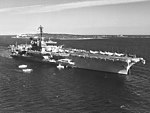 USS Independence (CVA-62) off Cannes in July 1962.jpg