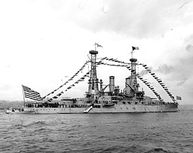 USS Michigan BB-27 dressed with flags.jpg