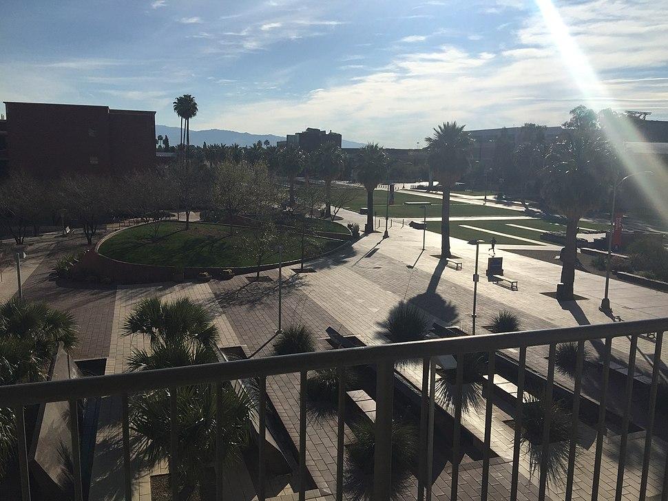 U Arizona Alumni Plaza