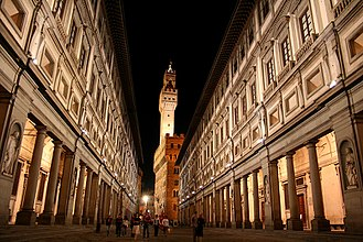 Museum - The Uffizi Gallery, the most visited museum in Italy. View of the Palazzo Vecchio, in Florence.