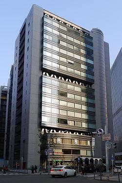 梅田スクエアビル - Wikipedia