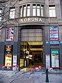 Václavské náměstí, palác Koruna, vchod pasáže.jpg