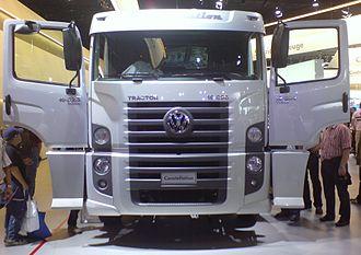 Volkswagen Caminhões e Ônibus - Image: VW Constellation BRA