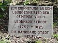 Vilich-friedhof-gedenkstaette-stroof-02.jpg