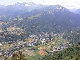 The village of Saint-Lary-Soulan in the Aure valley.