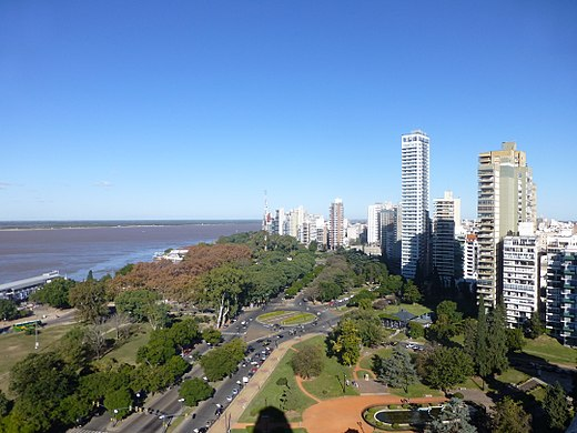 Vista desde el Monumento a la Bandera (Rosario).jpg