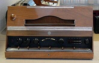 Electronic musical instrument - Volks Trautonium (1933, Telefunken Ela T 42)