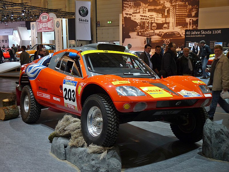 File:Volkswagen Tarek Paris-Dakar 2003 frontright 2010-04-08 A.jpg
