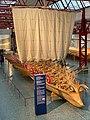 Vordersteven vom rekonstruirten Militärschiff Navis lusoria im Museum für Antike Schifffahrt, Mainz, Deutschland (48988287426).jpg