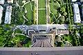 Vue d'en haut de la Tour Eiffel.jpg