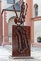 """Würzburg, Skulptur """"Auferstehender und Fallender"""" -- 2018 -- 0200.jpg"""