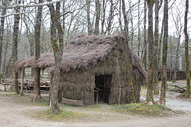 A reconstructed refuge hut in the forest of Grasla