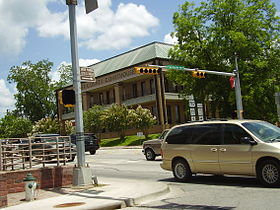 WalkerCountyCourthouseHuntsvilleTX.JPG