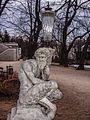 Warszawskie Łazienki - rzeźba satyra.jpg