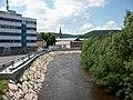 Wasserbrücke (Aue), Blick über das Schwarzwasser ins Stadtzentrum.jpg
