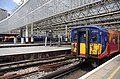 Waterloo station MMB 14 450028 455903.jpg